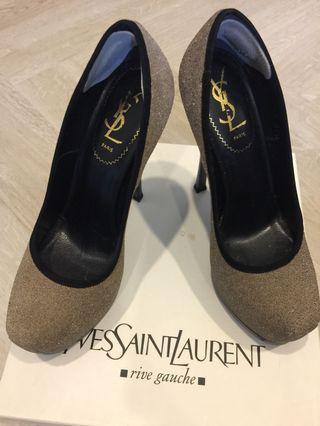 🚚 preloved/Authentic YvesSaintLaurent heels