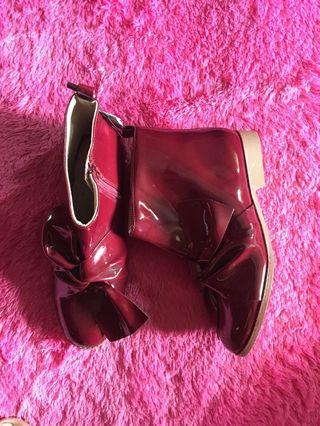 NEW! Zara boots