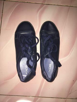 NEW! VNC shoes