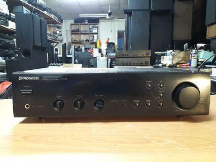 Ku pioneer stereo amp 103