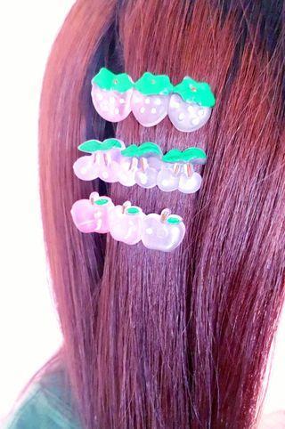 🆕️3 Pcs Cute Fruit Hairclips