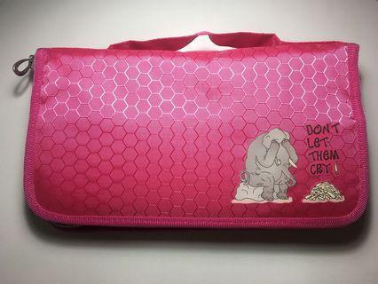 Pink pencil case / tempat pensil pink