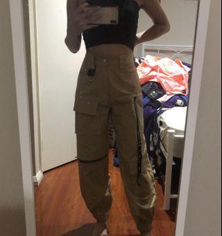 One Way Fashion Pants in Tan
