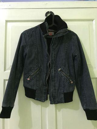 Foster Moon (Jeans Jacket)