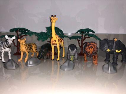 Animal Zone Safari Bucket