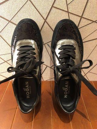 🚚 HOGAN 黑色休閒鞋