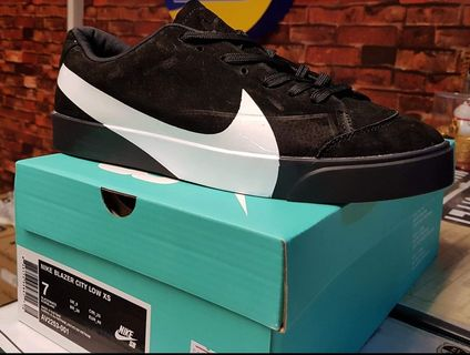 best loved 28ed6 a1c99 nike blazer mid | Bags & Wallets | Carousell Philippines