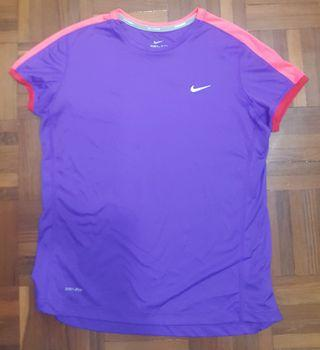 100% 全新正版Nike Dri-fit tee (XL size)