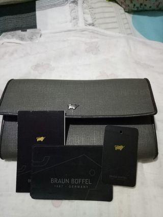 Braun Buffel (used)