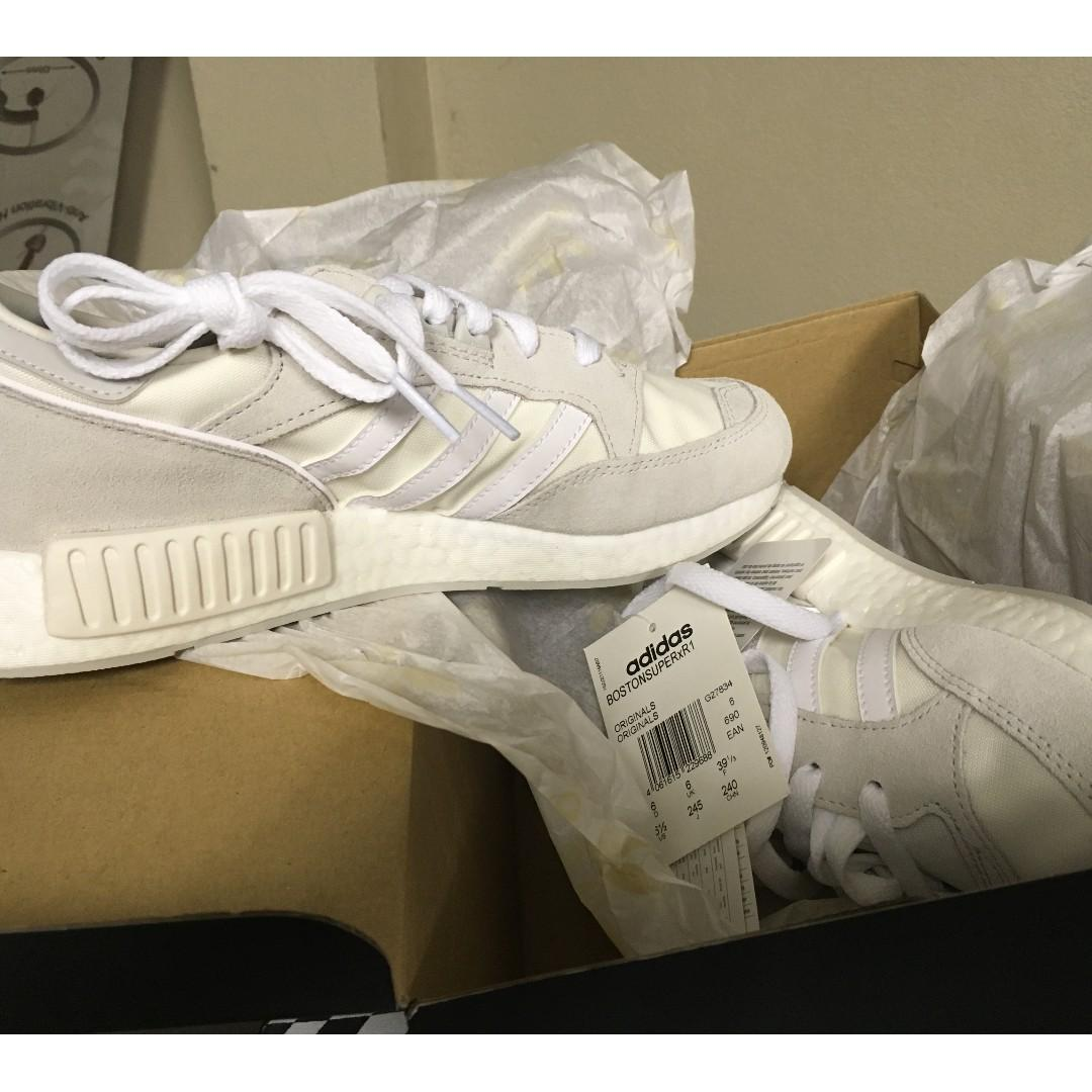 ADIDAS BOSTON SUPER X R1 WHITE BRAND NEW