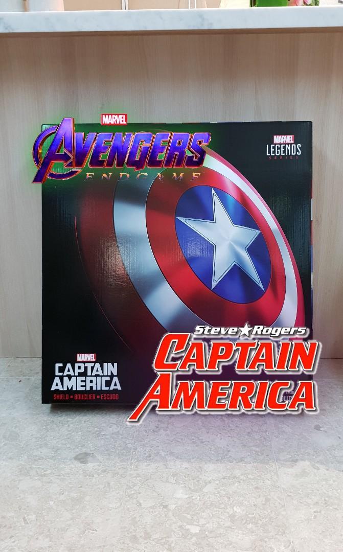 Avengers : End Game Hasbro Marvel Collectables size 1:1, Iron man helmet, Ant-Man Helmet, Captain America Shield, Black Panther Helmet, Thanos Infinity Gauntlet 5-in-1 Combo avengers endgame