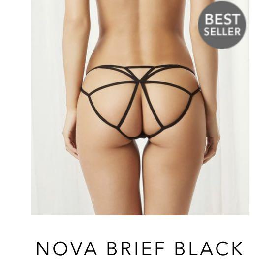 Blue Bella lingerie set brand new. 10D bra and S bottoms