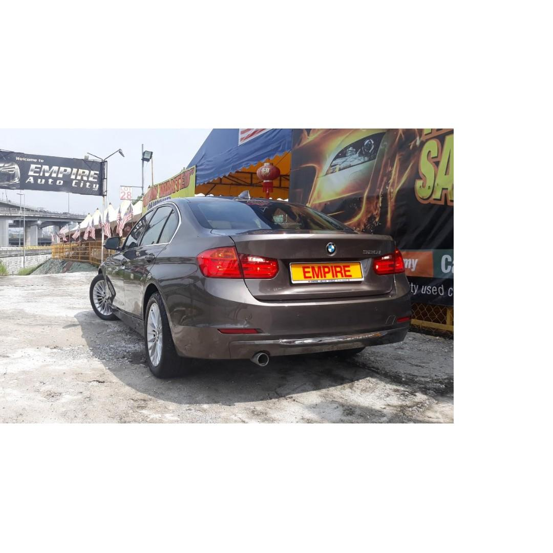 BMW 320i LUXURY 2.0 ( A ) F30 TWIN POWER TURBO !! FULL SERVICE RECORD BY AUTO BAVARIA !! NEW FACELIFT !! PREMIUM FULL SPECS COMES WITH PUSH START / I-DRIVE AND ETC !! ( X 8421 X ) 1 CAREFUL OWNER !!