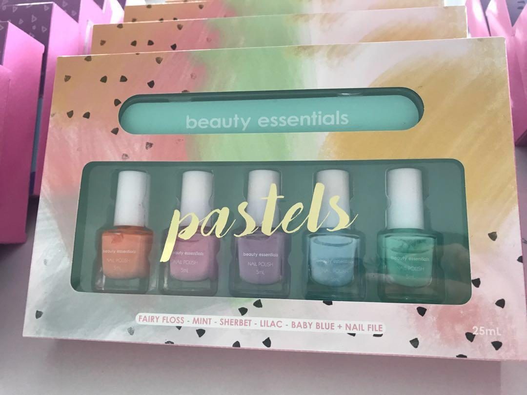 BN assorted beauty essentials nail polish set + nail filer neons or pastels
