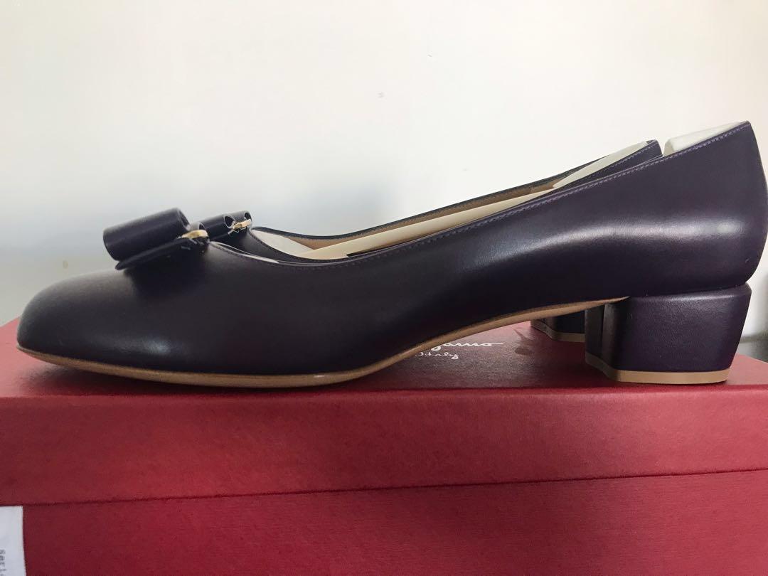Brand New in Box Salvatore Ferragamo Vara Bow Pump Shoes in Aubergine Calf Keather