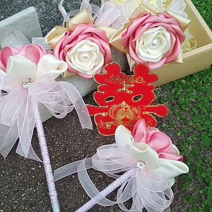 Flower pen decors ( black ball pen ) Use for Solemnization and guest signature