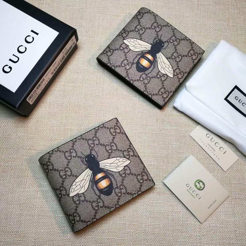 d9626d9c6645 Gucci short wallet, Luxury, Bags & Wallets, Wallets on Carousell