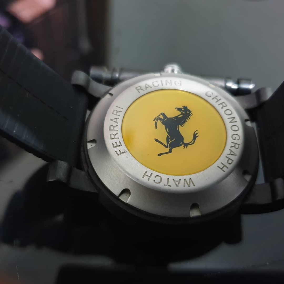 jam tangan Ferrari chronograph sport