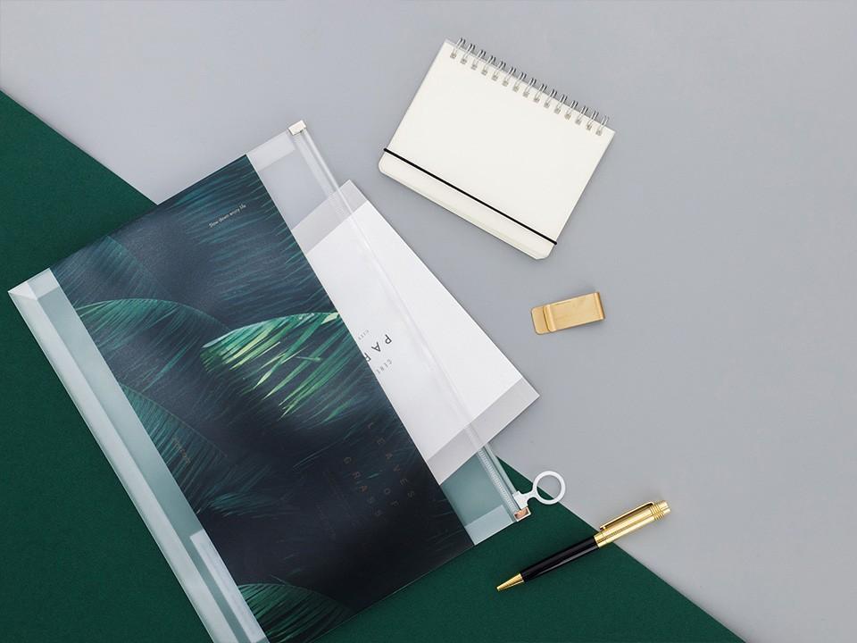 Leaves of Grass Zipper File Folder