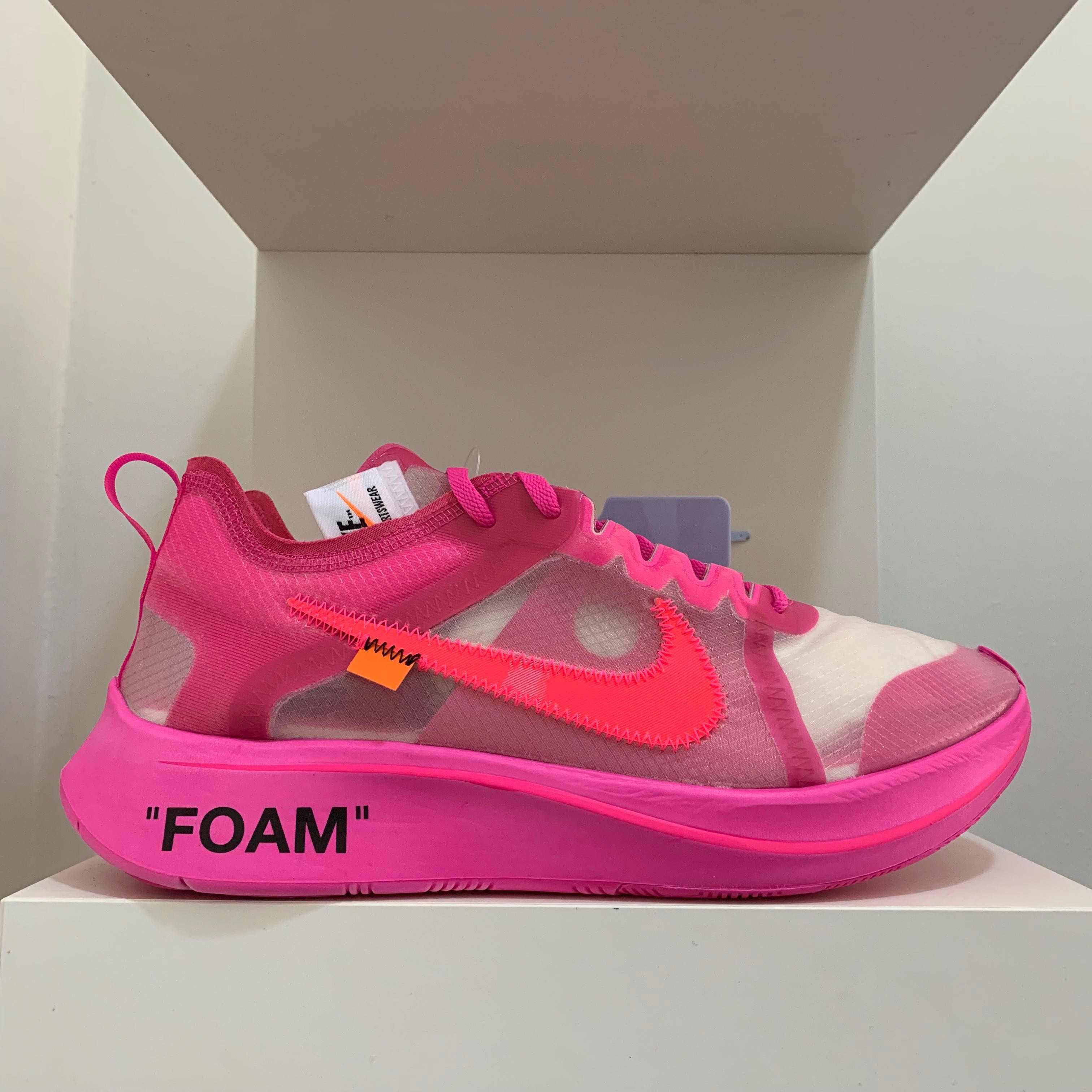 435465943a37 Nike Off White Zoom Fly Tulip Pink