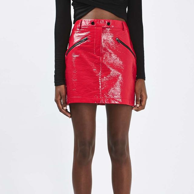 b1963308b1 PRICE REDUCED Topshop Red Shiny Patent Leather Skirt, Women's Fashion,  Clothes, Dresses & Skirts on Carousell