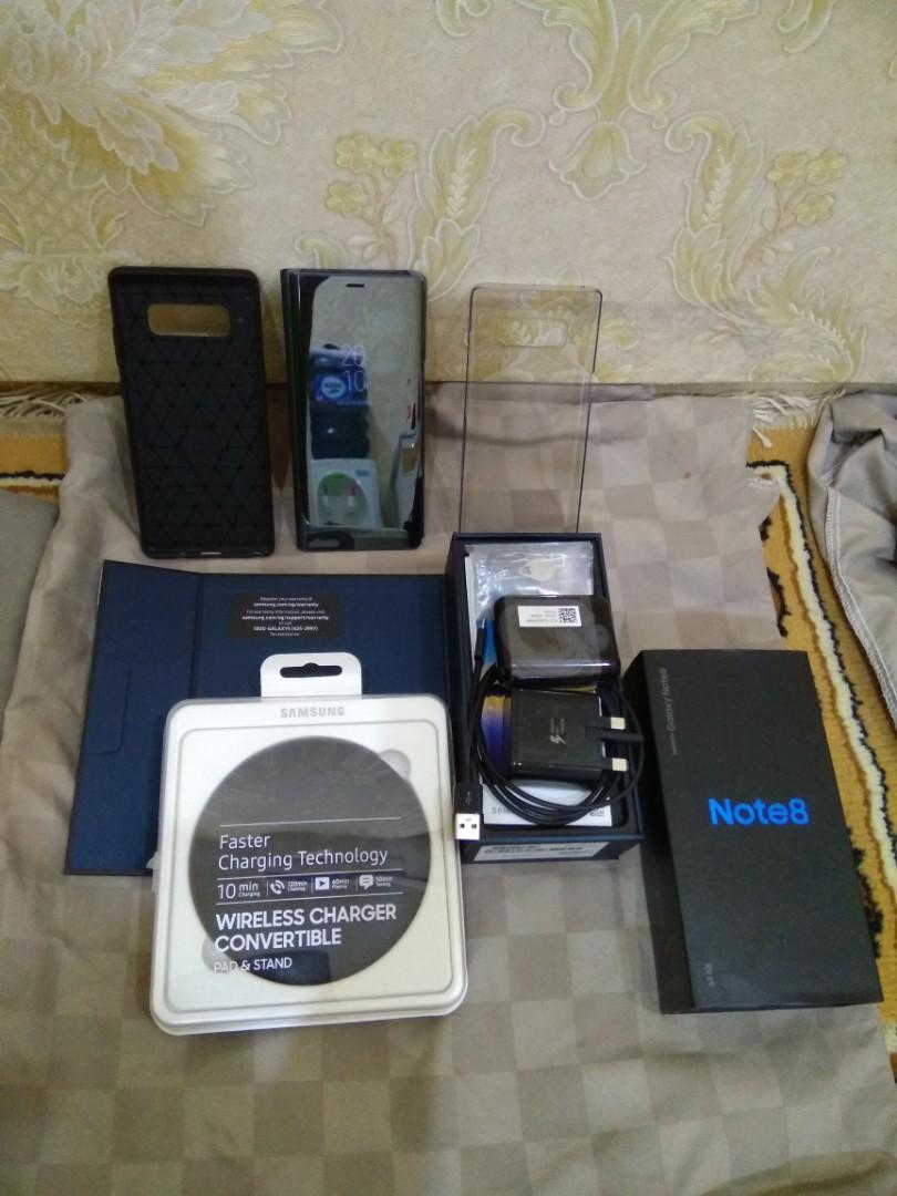 SAMSUNG NOTE 8 full set & Extra item