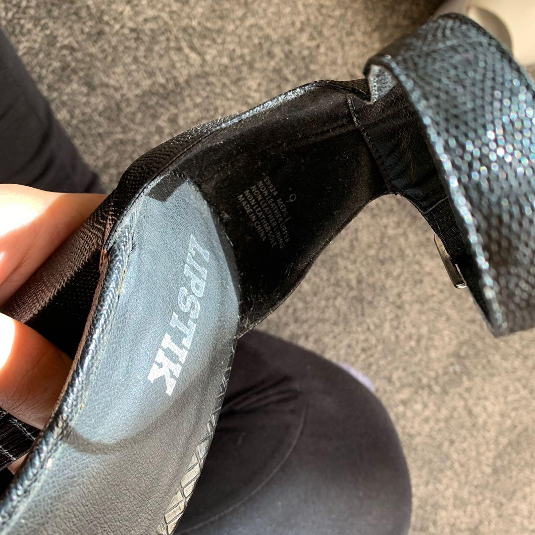Size 9 Lipstik Merck Heels