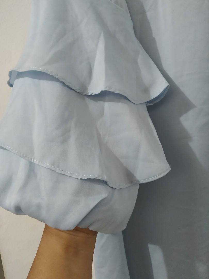 Tunik biru muda