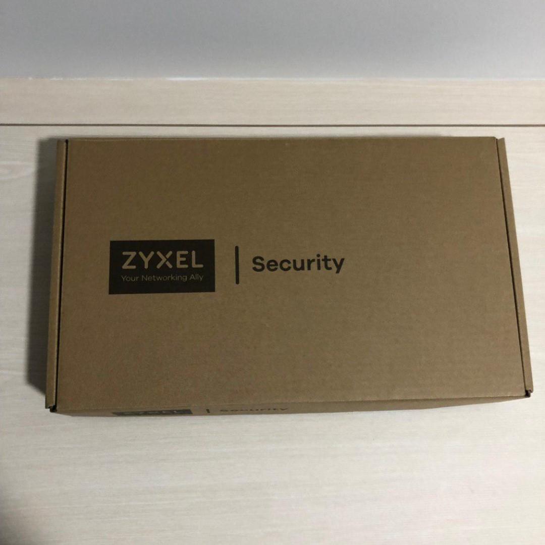 Zyxel ZyWALL (USG) UTM Firewall, Gigabit Ports, Business Class, 40 IPSec  VPN, 5 SSL VPN, Integrated Dual Radio Wireless, Limited, Hardware Only