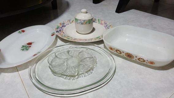 Pyrex Bowl Set + Miscellaneous