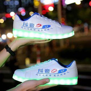 七彩发光鞋