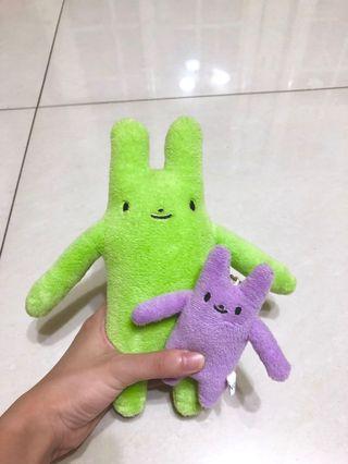 🚚 長抱兔娃娃