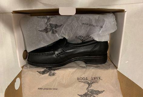 🚚 FOOT TREE Ladies Comfort Leather Shoes Size 5