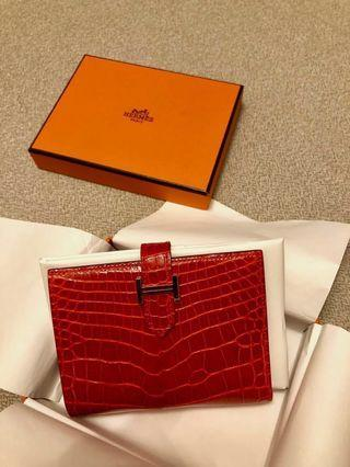 🚚 Beautiful Hermes Alligator Compact Bearn Wallet