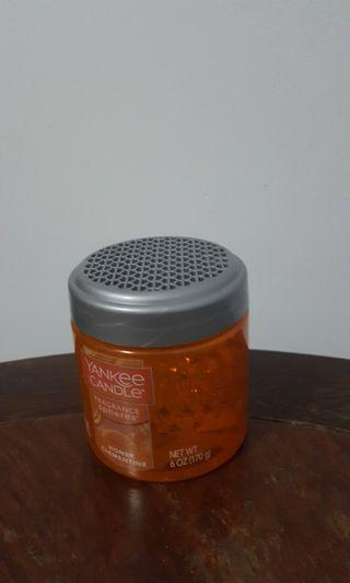 Yankee candle fragrance beads -- Honey Clementine