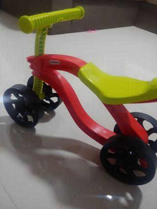 🚚 Little tike tricycle