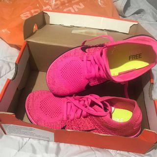 Nike Running Shoes Flyknit