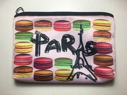 Women Pouch Paris Pink