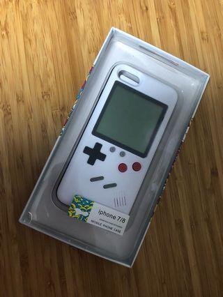 手機殻 iphonr7/8 gameboy