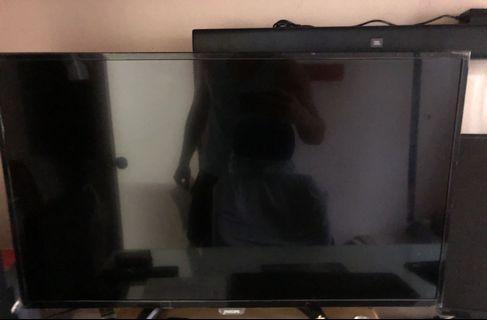 全新 Philip 32 吋 LED 電視