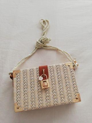 Cute Straw Cross body purse