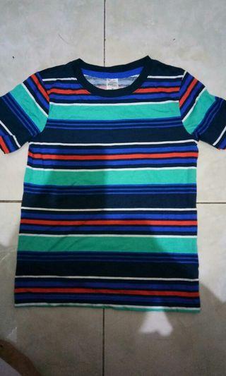 Kaos anak laki-laki. Baju. T-shirt. Pakaian