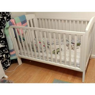 Boori White Urbane Alice Cot Bed