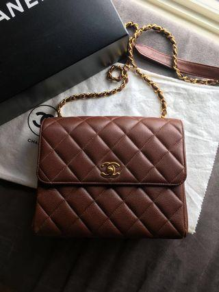 Gorgeous brown Caviar Vintage in excellent condition