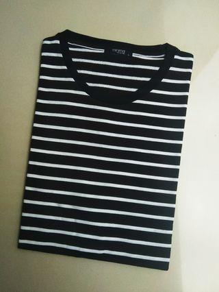 Striped t-shirt minimal