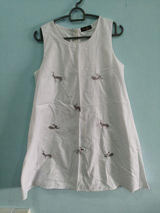 🚚 Bunny dress