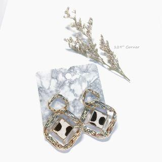 A139. Baroque Party Earring 耳環