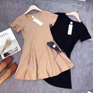 Korean Style Dress 【小清新收腰百搭修身韩版打底裙】