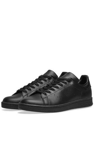 🚚 Adidas Stan Smith Black (All size available)