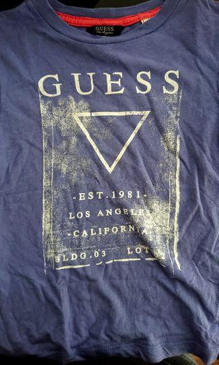 🚚 Original GUESS tshirt
